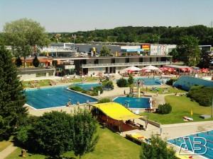 Schwimmbad Mistelbach